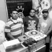 Criado há 8 anos no Village Campestre II, o Coletivo Cia. Hip Hop conseguiu erguer, em 2014, sua sede no bairro do Cambuci, onde proporciona espaço para expressão de elo entre a arte, a educação e a comunidade (Foto: divulgação)