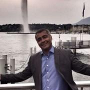 Romário publicou foto nesta quarta-feira direto de Genebra, na Suíça (Foto: Reprodução)