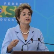 Dilma: melhora na situação dos reservatórios permitirá redução do valor adicional (Antonio Cruz/Agência Brasil)