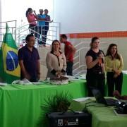 No final do treinamento, as merendeiras receberam certificados pela participação