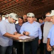 Governador Renan Filho no evento em que assinou o decreto que desonera a cadeia produtiva integral da carne do ICMS. Ailton Cruz