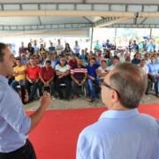Governador Renan Filho ressaltou na solenidde que há 40 anos, a população de oito bairros de Maceió aguarda uma solução permanente para o esgotamento sanitário. Ailton Cruz