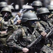 Forças Armadas tentarão devitar rebeliões em presídios (Foto: correiobraziiliense)