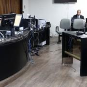 Juíza Lorena Carla Sotto-Mayor interrogou o réu na manhã desta sexta-feira (24). Fotos: Caio Loureiro