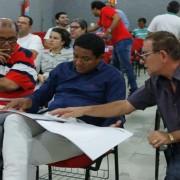 Técnicos da Serveal apresentaram ao prefeito Júlio Cezar projeto de reforma da Uneal, campus de Palmeira dos Índios (Foto: Assessoria)