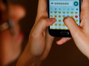 Além da diversão, aplicativo também pode ser usado como ferramenta de aprendizagem Foto: Mateus Bruxel / Agência RBS)