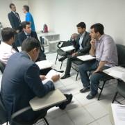 Professor Marco Antônio Rodrigues usou exemplos práticos para abordar o assunto. Foto: Carolina Amâncio