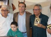 Lançamento da obra histórica do jornalista Joaldo Cavalcante aconteceu em Maceió, nesta segunda-feira (Foto: Divulgação)