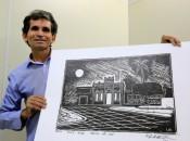 Poeta, desenhista, pintor, xilogravador e escritor, Luiz Natividade é natural de Junqueiro, interior de Alagoas, mas foi na Bahia que teve reconhecimento do trabalho.  Thiago Sampaio