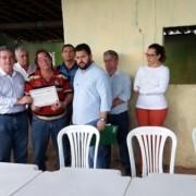 Proprietários da Casa de Farinha do povoado Mata Limpa, em Lagoa da Canoa, receberam certificado de licença ambiental do Governo de Alagoas.  Ascom