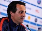 Unai Emery confirma que o meia-atacante Lucas não joga neste domingo (Foto: AFP)
