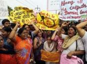 Caso do estupro de menina de 10 anos estuprada por um tio causa comoção e protestos na Índia Foto: Reuters