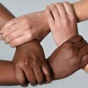 livros-sobre-o-racismo-que-todo-mundo-deveria-ler-fb