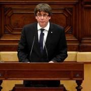 Carles Puidgemont no parlamento regional em Barcelona no dia 10 de outubro de 2017 Foto: BBCBrasil.com