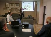 Arquiteta Camila Marques apresentou o anteprojeto de construção do Fórum ao presidente do TJ/AL. Foto: Caio Loureiro