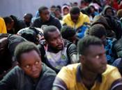 TV flagra 'leilão' de africanos como escravos na Líbia