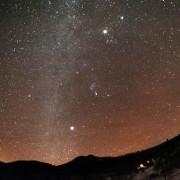 Melhor chuva de meteoros do ano poderá ser vista nesta madrugada (foto: Ansa)