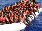 Imigrantes que partem da Líbia são vítimas constantes de abusos (foto: EPA)