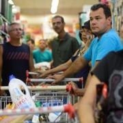 Inflação oficial fechou em 2017 com alta acumulada de 2,95%. É o menor número desde a taxa de 1998 quando atingiu 1,65%   Tânia Rêgo/Agência Brasil