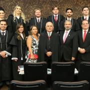 Presidente Otávio Praxedes com os 12 novos juízes integrantes do Judiciário de Alagoas. Foto: Caio Loureiro