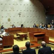 A decisão o blinda da prisão, que a própria defesa apontou como iminente, no caso do triplex.