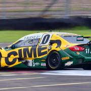 Foi a sexta pole do piloto no autódromo de Nova Santa Rita, no interior do Rio Grande do Sul.