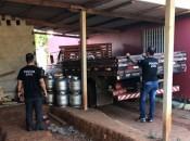 Policiais civis encontram depósito clandestino de combustíveis (Foto: ASCOM/PC)